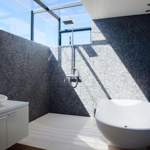https://woodstonebathrooms-static.localinsights.site/images/cm/939ae3874f46b61f1a531eba4d2f3a13.jpg